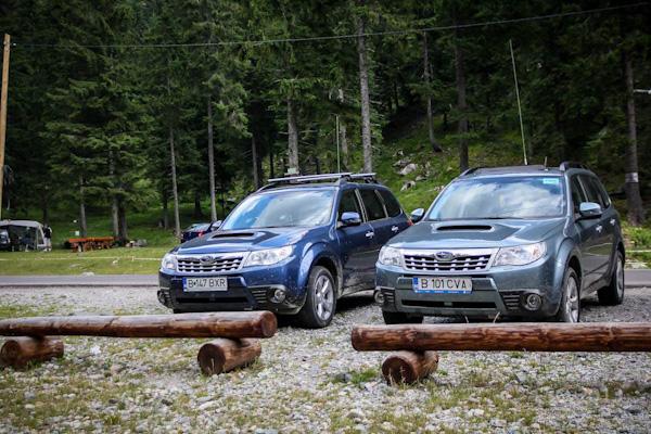 2 x Forester Diesel MY2011 la Conacul Ursului in parcare